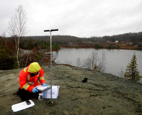 Recording mining tailing samples